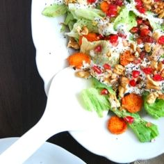 Walnut-pomegranate salad