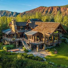 Dream House Exterior, Dream House Plans, My Dream Home, Cabins In The Woods, Log Homes, Cozy House, Architecture, Future House, Beautiful Homes