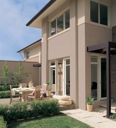 1000 images about exterior colour schemes on pinterest - Painting exterior walls rendered ...