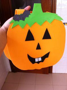 Disfraz de calabaza halloween hecho de goma Eva