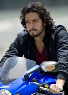 Alfonso Herrera - I really think Reyes needs a ride now that he's out of prison, don't you think?