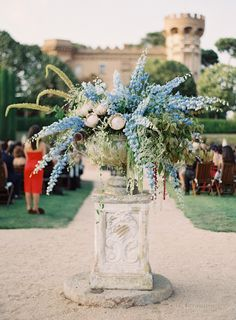 elegant-destination-wedding-flowers