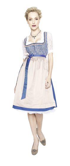"""Dirndl """"Alessia"""" vereint frische Blau- und Beigetöne mit floralem Paisley. https://www.trachten-angermaier.de/Damen/Dirndl/Dirndl-Alessia-Groesse-Farbe.html  #angermaier #dirndl #wirliebentracht #wiesntrends #angermaiertrachten"""