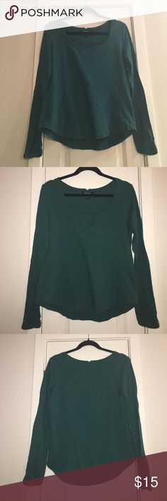 Teal ribbed pattern long sleeve shirt Stylish long sleeve with fun cinched sleeves at the wrist. Lucky Brand Tops Tees - Long Sleeve