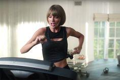 Taylor Swift leva tombo épico nesse comercial do Apple Music – veja isso - Blue Bus
