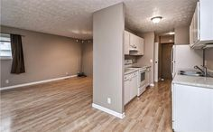 Just reduced to $105,000, this amazing 3 bed, 2 bath Omaha town home is move in ready!  Entertain in the spacious living room with tons of natural light that opens to the kitchen overlooking the patio with private setting!  The finished lower level includes a rec room with wide open spaces!  Click the link to see and find out more and contact us to arrange the earliest possible viewing - http://www.klemkerealestate.com/13215omaha  #Springfield #Omaha #AmazingTownHome #MoveInReady…