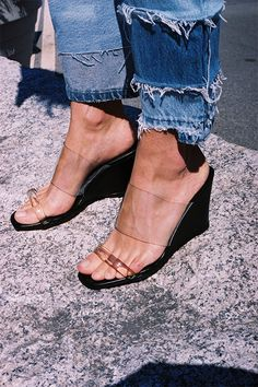 Olympia wedge, black calf