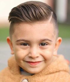 Hairmanz present the biggest gallery of cool boys haircuts and hairstyles. You can find 60 different inspirations for boy haircuts in this post. Popular Boys Haircuts, Boy Haircuts Short, Cool Boys Haircuts, Toddler Haircuts, Little Boy Hairstyles, Haircuts For Men, Biy Haircuts, Modern Boy Haircuts, Easy Hairstyles