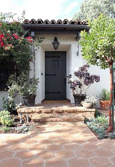 Spanish Colonial Home in Los Feliz Hills 17