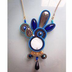 Peacock. #soutache #soutachemania #handmade #fconticreations #ciondolo #chic #blue #outfit #pic #potd #accessori #jewel #peacock