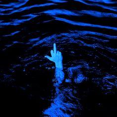 Blue Aesthetic Grunge, Blue Aesthetic Pastel, Aesthetic Colors, Aesthetic Images, Aesthetic Backgrounds, Blue Backgrounds, Aesthetic Wallpapers, Aesthetic Collage, Dark Blue Wallpaper