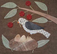 Les SPA de Chipie Penny Rug Patterns, Felt Patterns, Felted Wool, Wool Felt, Bird Quilt, Creation Deco, Primitive Folk Art, Wool Applique, Scatter Cushions
