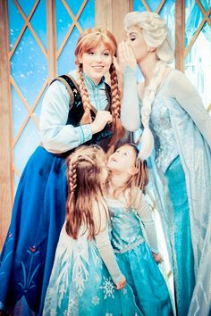 Disney Frozen Elsa and Anna face characters
