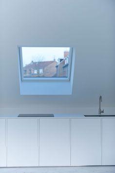 Loft contemporain / Minimaliste / blanc / épuré / intérieur moderne / Cuisine / Architecte d'intérieur : Agence MAYELLE / Photo : ©Pierre Rogeaux
