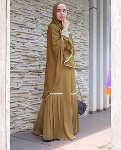 New Hijab Style, Hijab Style Dress, Dress Muslim Modern, Muslim Dress, Simple Formal Dresses, Modest Dresses, Muslim Women Fashion, Islamic Fashion, Abaya Fashion