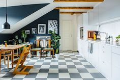 Modern and renovated home in Stockholm, Sweden. Scandinavian interior - Roomly.se