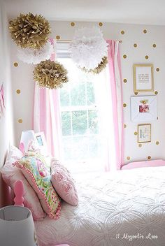 Girl's Room in Pink/White/Gold Decor! Girl's Room in Pink/White/Gold Decor! Pink Bedrooms, Teen Girl Bedrooms, Little Girl Rooms, Kids Bedroom, Bedroom Decor, Pink Gold Bedroom, Bedroom Furniture, Pink Room, Small Bedrooms