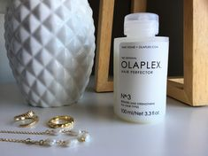 Discover how to use and maximaze Olaplex No 3 Hair Perfector #beautyblog #hair #haircare #haircareproducts #pelo #productosdebelleza #olaplex #olaplexno3 Being Used, Hair Care, Beauty, Damaged Hair, Hair Type, Shower Cap, Hair Health, Mail Boxes, Hair Conditioner