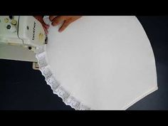 Aprende cómo coser las fundas de un juego de baño Sewing Crafts, Sewing Projects, Projects To Try, Chic Bathrooms, Diy Headband, Applique Patterns, Ideas Para, Diy And Crafts, Shabby Chic