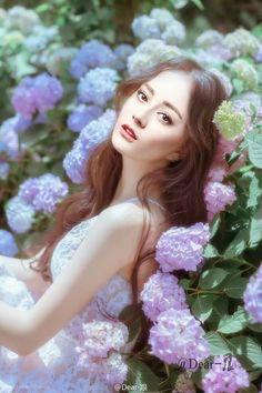 2018 Middle hair, the latest hairstyle, the most beautiful hair this winte - zzzzllee Beauty Art, Beauty Women, Middle Hair, Fantasy Paintings, Chinese Actress, Latest Hairstyles, Interesting Faces, Ulzzang Girl, Asian Beauty