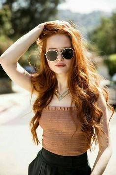 Find images and videos about beauty, riverdale and madelaine petsch on We Heart It - the app to get lost in what you love. Riverdale Cheryl, Riverdale Cast, Curly Hair Styles, Première Communion, Flower Girl Hairstyles, Funky Hairstyles, Popular Hairstyles, Formal Hairstyles, Hairstyles Haircuts