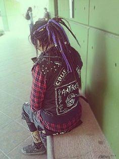 dreadlocks Punk Rock Grunge, Estilo Punk Rock, Punk Goth, Afro Punk, Anti Fashion, Dark Fashion, Dreads, Punk Rock Girls, Heavy Metal Fashion