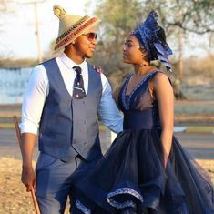 Traditional Wedding Attire, Traditional Outfits, Traditional Weddings, African Wear, African Women, African Wedding Attire, Wedding Blog, Wedding Ideas, Wedding Decorations