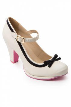 Cristófoli - Emily Velvet Bow Mary Jane pumps Cream.        I want these!