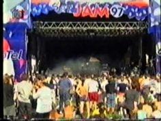 Wohnout - LIVE 1997 - začátek v čase 5:28