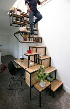 Stair for small spaces