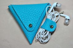 COMBO Special Leather Earphone holder  Earphone case - Earbud wrap - headphone holder