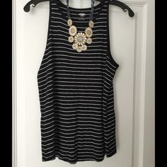 Spotted while shopping on Poshmark: Old Navy Black and White Tank Top! #poshmark #fashion #shopping #style #Old Navy #Tops