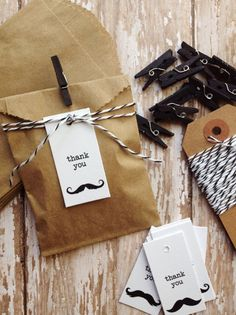 Wedding favors mustache bash | €9,48.