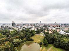 Auch an grauen Tagen hat sie ihren Charme  #leipzigleuchtet #neuesvomfotokombinat  #leipzig #thisisleipzig #ig_leipzig #leipzigliebe #loveleipzig #lieblingsleipzig #leipzigtravel #leipzigcity #sogehtsaechsisch #simplysaxony #like #follow #instalove #sonyalpha #view #clouds #wolken #drohne #dronestagram #dronephotography #phantom4