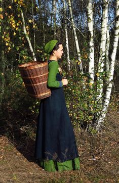 Willow backpack typ III large :: Medievalcraft, viking dress