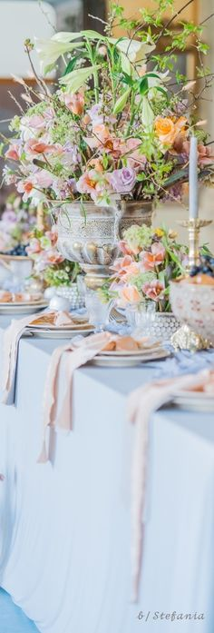 Come Dine With Me, Wedding Decorations, Table Decorations, Spring Is Coming, Wedding Table, Rsvp, Party Themes, Villa, Romantic