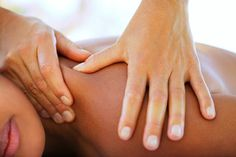 Remedies For Arthritis massage.jpg - Find out whether massage and other bodywork such as Rolfing, Reiki and the Bowen Technique are effective as CFS and fibromyalgia treatments, and learn more about each method. Massage Dos, Massage Quotes, Face Massage, Medical Massage, Prenatal Massage, Stone Massage, Yoga Nidra, Massage Oriental, Ayurveda