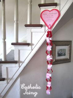 Free Valentine Scripture Chain Printable from Catholic Icing!* 1500 free paper dolls at Arielle Gabriels The International Paper Doll Society also at The China Adventures of Arielle Gabriel free China paper dolls * Saint Valentine, Valentine Day Love, Valentine Day Crafts, Valentine Decorations, Holiday Crafts, Holiday Fun, Valentine Ideas, Catholic Icing, Day Countdown