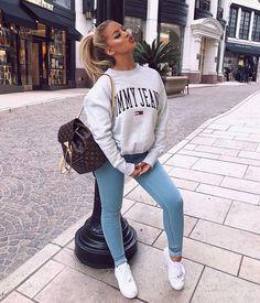 33 Spring Outfit Ideas For Teen Ready To Wear Now ideen sportlich elegant ideen sportlich schick ideen sportlich sommer ideen sportlich winter Teen Fashion, Winter Fashion, Fashion Outfits, Womens Fashion, Jean Outfits, Fashion Trends, Spring Fashion, Sneakers Fashion, Style Fashion