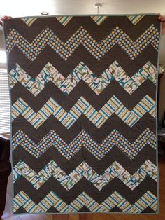 Chevron I love this blanket.. maybe I can make it long enough for a tall person