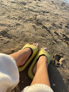 the best slides to wear to the beach and pool this summer