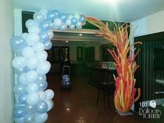 """Some say the world will end in fire, Some say in ice.""  Robert Frost is great inspiration for this fire and ice arch! Balloons by Tommy - Photo Gallery - Arches"