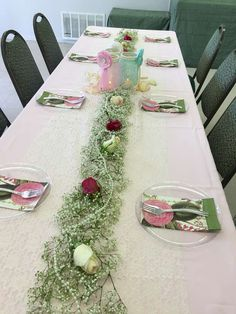Lacey C's Baby Shower / Shabby chic - Photo Gallery at Catch My Party Baby Shower Wall Decor, Shabby Chic Baby Shower, Shower Party, Baby Shower Parties, Shower Ideas, Photo Galleries, Table Settings, Party Ideas, Holidays