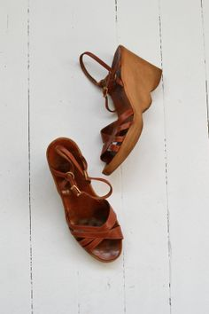 Famolare wedges 1970s platform sandals leather 70s by DearGolden