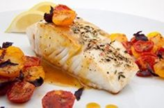Frugal Food Items - How To Prepare Dinner And Luxuriate In Delightful Meals Without Having Shelling Out A Fortune Recette Cabillaud Tomates Citron, Notre Recette Cabillaud Tomates Citron Fish Recipes, Paleo Recipes, Baked Salmon, Grilling Gifts, Fat Loss Diet, Fish And Seafood, Paleo Diet, Keto, Paleo Food