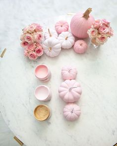 simple pumpkin decor diy tutorial | 5 Step Super Easy Ombre Pink Pumpkin Decor Tutorial featured by top San Francisco lifestyle blog, Lombard & Fifth