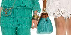 Romantico e delicato, il pizzo si posa su abiti dal gusto retrò di Luisa Spagnoli. #modadonna #pe2015 @luisaspagnoli