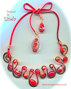 Love the 'all singing and dancing' combination of red and copper together!