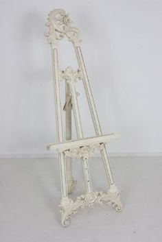 Large Ornate Cream Display Easel/Wedding Plan Display Easel