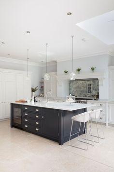 Modern Kitchen Design  : Open Plan Luxury Kitchen London